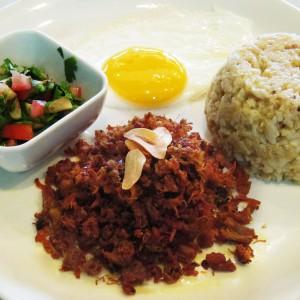 ECHOcafe Pinoy Breakfast - Chicken & Pork Adobo